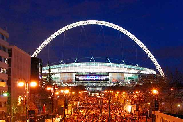 Foster&Partners and Populous _ Wembley Stadium _ Londres